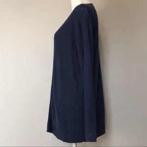 GAP Sweaters - Gap Women's Navy Blue Sweater Size L Light Weight